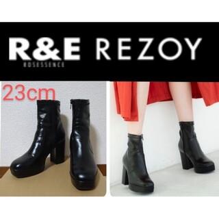 アールアンドイー(R&E)のR&E 美脚効果 厚底ブーツ(ブーツ)