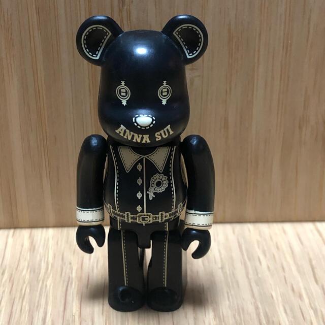 ANNA SUI(アナスイ)のベアブリック  100%  アナスイ 黒 エンタメ/ホビーのフィギュア(その他)の商品写真
