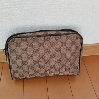 Gucci - グッチポーチ