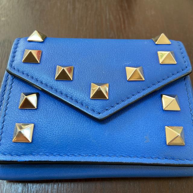 VALENTINO(ヴァレンティノ)のヴァレンティノ 財布 スモール 三つ折り レディースのファッション小物(財布)の商品写真