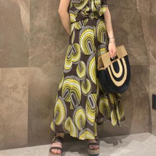 GRACE CONTINENTAL - グレースコンチネンタル アフリカンプリントスカート