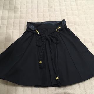 アリスマッコール(alice McCALL)のアリスマッコール黒×ゴールドスカート(ミニスカート)