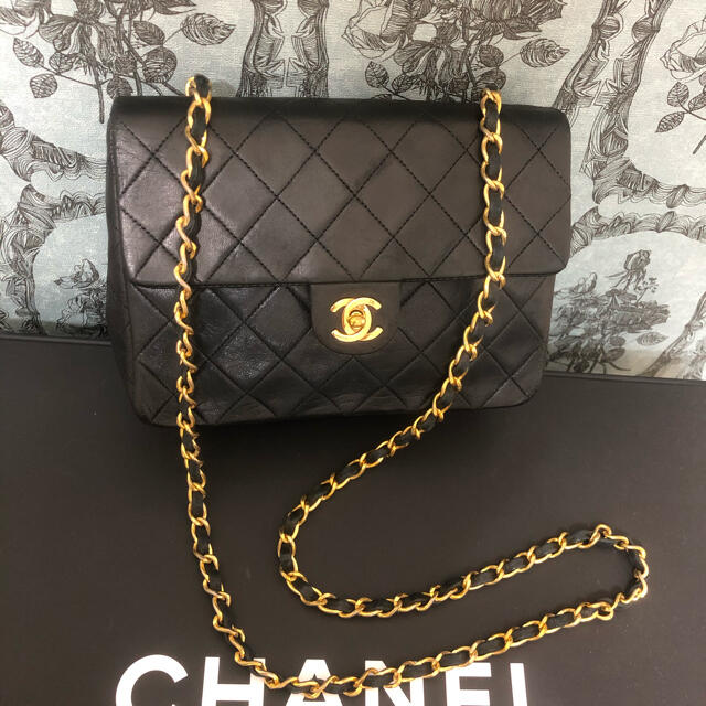 CHANEL(シャネル)の107.売り切れました レディースのバッグ(ショルダーバッグ)の商品写真