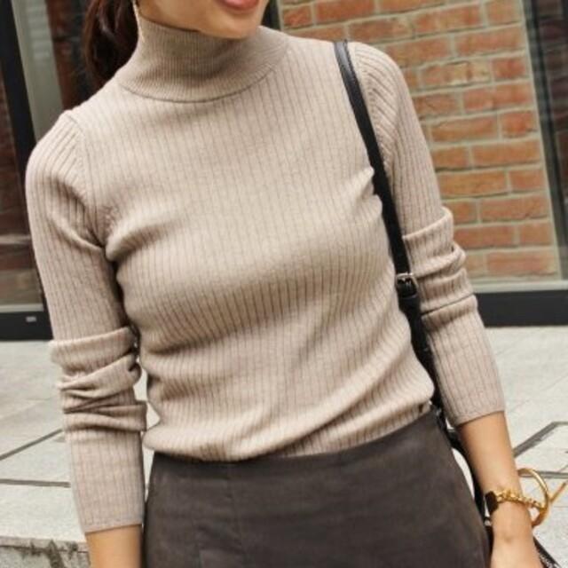IENA(イエナ)のIENA ウールリブニット ベージュ レディースのトップス(ニット/セーター)の商品写真