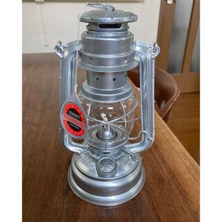 【新品・未使用・箱ダメージ】Feuerhand Lantern 276 Zink