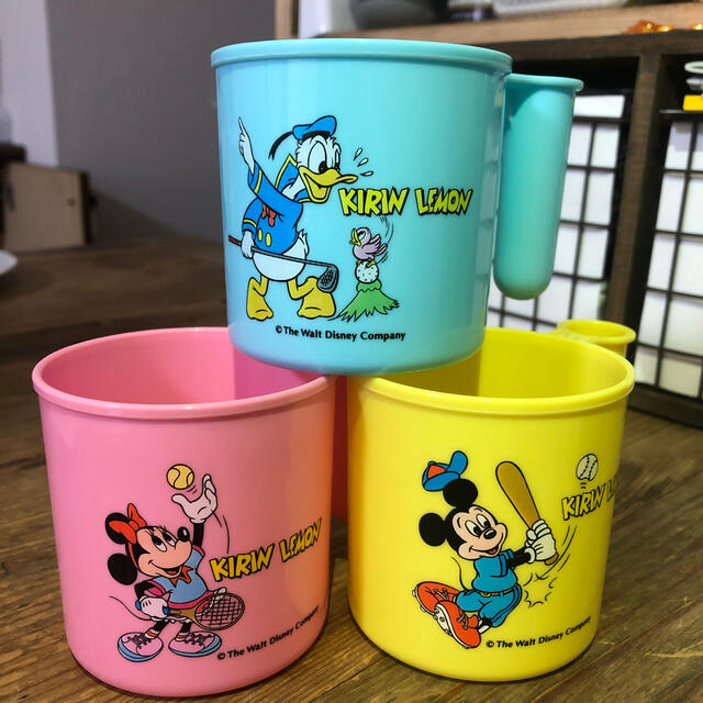 Disney(ディズニー)のレトロミッキーコップ キッズ/ベビー/マタニティの授乳/お食事用品(マグカップ)の商品写真