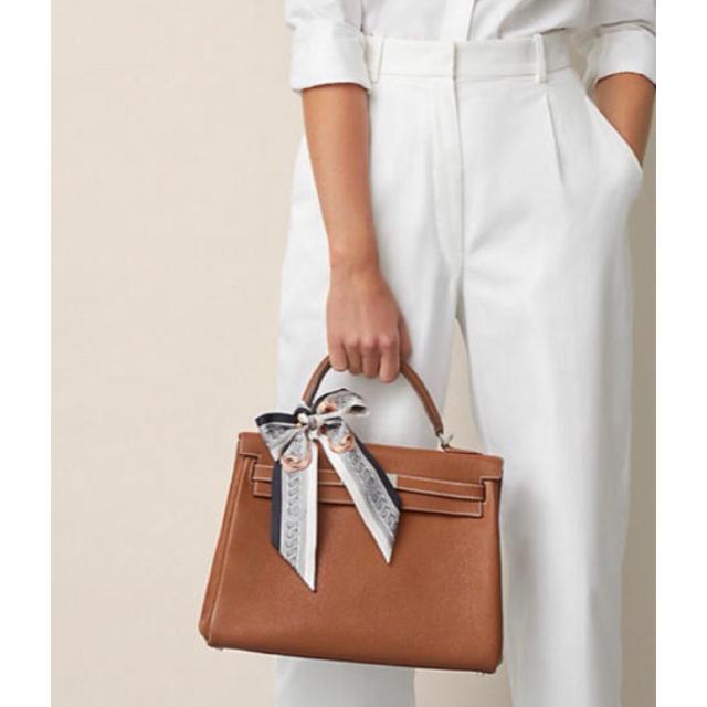 Hermes(エルメス)のひまわり様ご予約品✨HERMES🍊 ツイリー 2021SS レディースのファッション小物(バンダナ/スカーフ)の商品写真