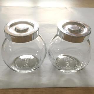 イケア(IKEA)のIKEA ガラスミニボトル(蓋付き)2個(容器)