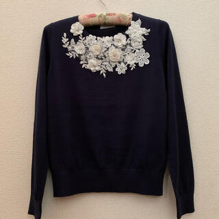 M'S GRACY - オースチンリード新品⭐️お花の豪華なセーター