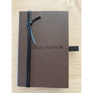ルイヴィトン(LOUIS VUITTON)のVUITTONキーホルダーから箱(その他)