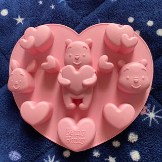 ディズニー(Disney)の完売品‼︎ くまのプーさん型 シリコンモールド (調理道具/製菓道具)