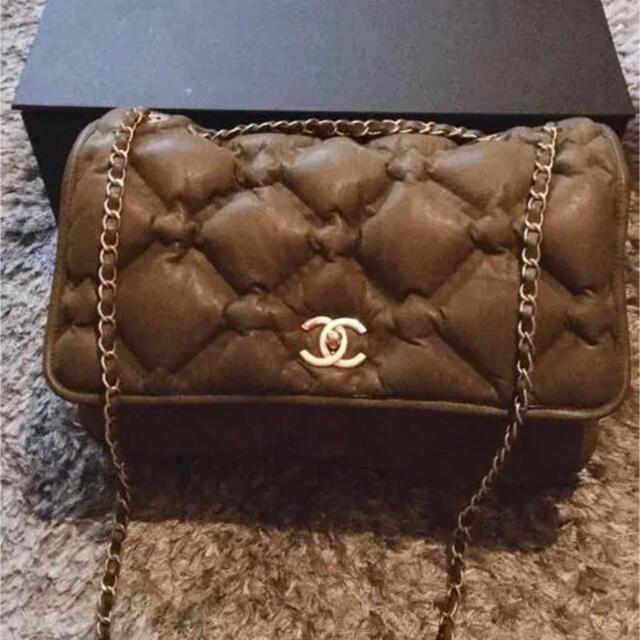CHANEL(シャネル)のバブルキルトチェーンショルダー レディースのバッグ(ショルダーバッグ)の商品写真