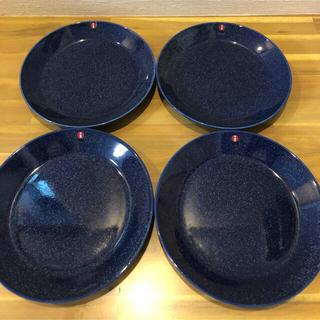 イッタラ(iittala)のイッタラ ティーマ 17cmプレート ドッテドブルー 4枚セット(食器)