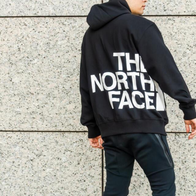 THE NORTH FACE(ザノースフェイス)の新品◆日本未入荷◆THE NORTH FACE ビッグロゴパーカー US M 1 メンズのトップス(パーカー)の商品写真