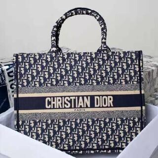 クリスチャンディオール(Christian Dior)の期間限定値下げ中 クリスチャンディオール ブックトートバッグ(その他)