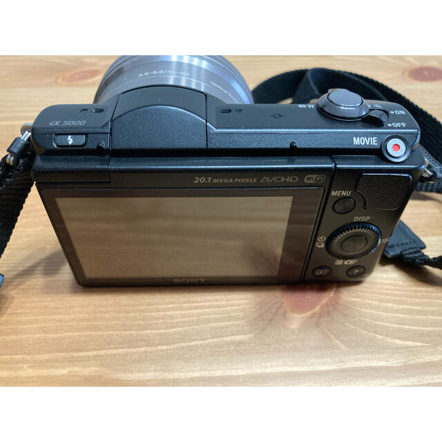 SONY(ソニー)のSONY α5000 ミラーレス一眼 スマホ/家電/カメラのカメラ(ミラーレス一眼)の商品写真