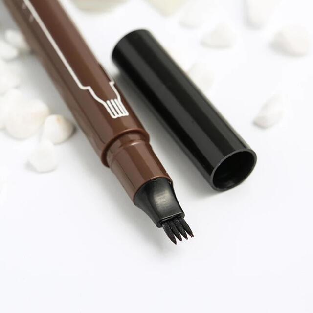 消えない眉 3Dアイブロウペンシル ■ ダークブラウン  新品 眉ペン コスメ/美容のベースメイク/化粧品(アイブロウペンシル)の商品写真