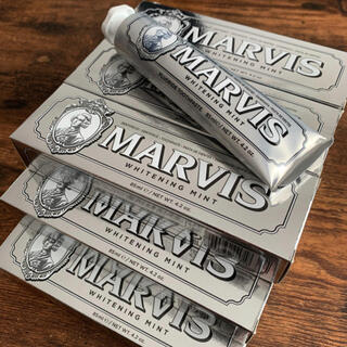 マービス(MARVIS)の【5本セット】新品・正規品 MARVIS 歯磨き粉 ホワイトニングミント(口臭防止/エチケット用品)