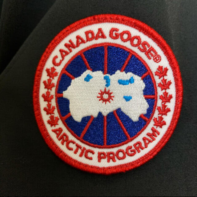 CANADA GOOSE(カナダグース)のカナダグース  メンズのジャケット/アウター(ダウンジャケット)の商品写真