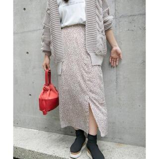 ビッキー(VICKY)のレオパード柄 タイトスカート(ロングスカート)