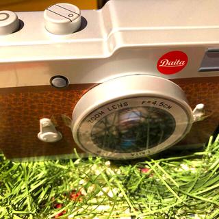 カルディ(KALDI)のカルディ カメラ缶チョコレート ブラウン バレンタイン 未開封 ラッピング済み(菓子/デザート)
