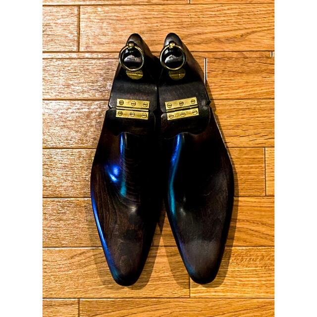 Crockett&Jones(クロケットアンドジョーンズ)のクロケット&ジョーンズ パンチドキャップトゥ 7D メンズの靴/シューズ(ドレス/ビジネス)の商品写真