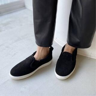 アパルトモンドゥーズィエムクラス(L'Appartement DEUXIEME CLASSE)の新品size38【CAMINANDO/カミナンド】Mouton Sneakers(スリッポン/モカシン)