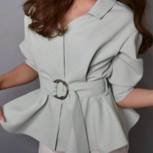 eimy istoire(エイミーイストワール)のsheller ペプラムシャツ トップス レディースのトップス(シャツ/ブラウス(長袖/七分))の商品写真