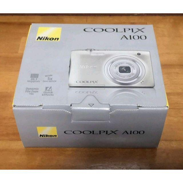 Nikon(ニコン)のNikon COOLPIX A100 光学5倍 2005万画素 シルバー  スマホ/家電/カメラのカメラ(コンパクトデジタルカメラ)の商品写真