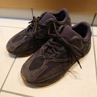 アディダス(adidas)のアディダス adidas YEEZY BOOST 700 ブラック 27cm(スニーカー)