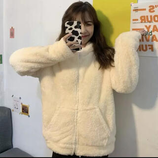 【新品】もこもこアウター トップス コート 韓国(毛皮/ファーコート)