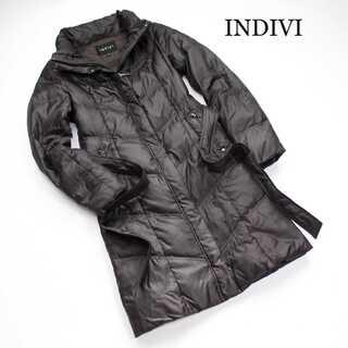 インディヴィ(INDIVI)のインディヴィ★ダウンコート ジャケット 茶 スタンドカラー 軽量 36(S)(ダウンコート)
