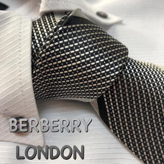 BURBERRY - バーバリー ロンドン ネクタイ【未使用に近い】ストライプ柄 光沢 厚手