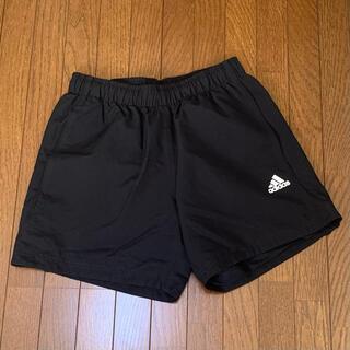 adidas 短パン スポーツウェア