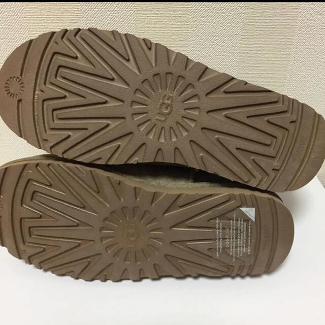 UGG(アグ)のUGG クラシックスリッパ ベージュ フレームワーク 25センチ レディースの靴/シューズ(スリッポン/モカシン)の商品写真