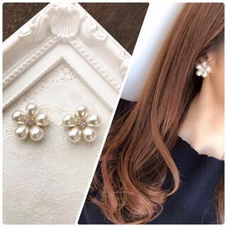 大人可愛い④お花型♡上品なパールピアス♡イヤリングに変更出来ます!