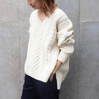 FRAMeWORK - 【美品】FRAMe WORKS aran Vネックプルオーバーニットセーター