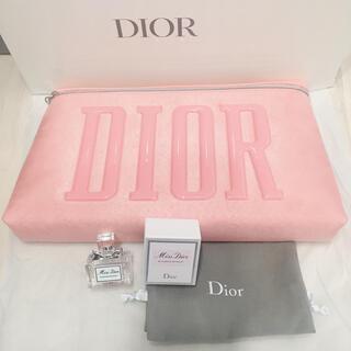 Dior - ディオール Dior ノベルティポーチ ブルーミングブーケ