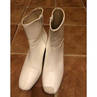 GRL - ホワイト ショートブーツ