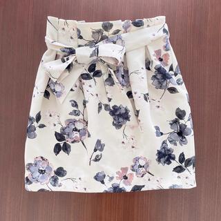 トランテアンソンドゥモード(31 Sons de mode)の美品♡トランテアン 花柄コクーンスカート(ミニスカート)