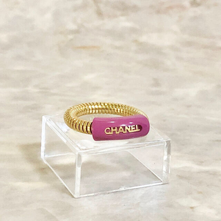 シャネル(CHANEL)の正規品 シャネル 指輪 ゴールド チェーン パープル 文字 CHANEL リング(リング(指輪))