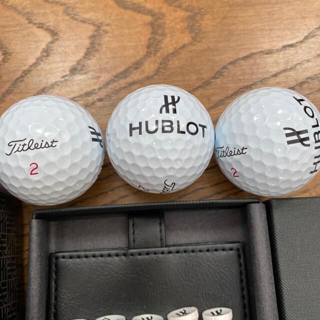 HUBLOT(ウブロ)のウブロ ゴルフ ボール ピン マーカー セット タイトリスト プロv1x スポーツ/アウトドアのゴルフ(その他)の商品写真