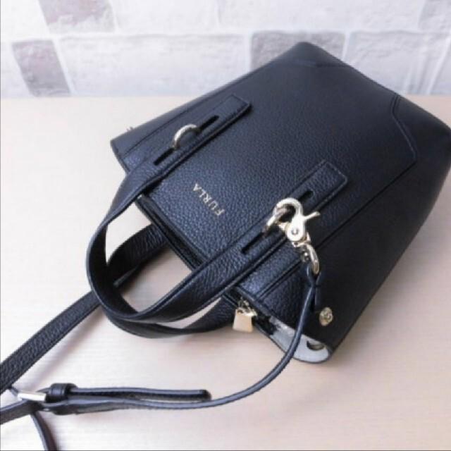 Furla(フルラ)の美品*送料込み FURLA フルラ ミニショルダーバッグ レディースのバッグ(ショルダーバッグ)の商品写真