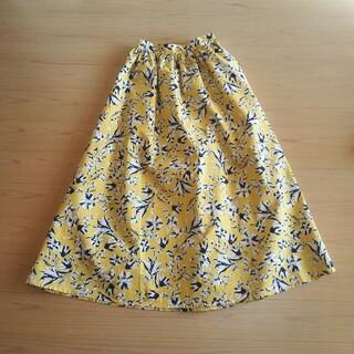 ジーユー(GU)の花柄ロングスカート(ロングスカート)