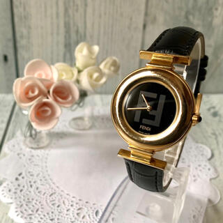 FENDI - 【電池交換済み】FENDI フェンディ 腕時計 320G ゴールド メンズ