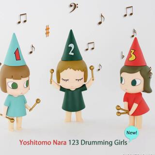 モマ(MOMA)の奈良美智 ドラミング ガール 123  123 Drumming girls(その他)