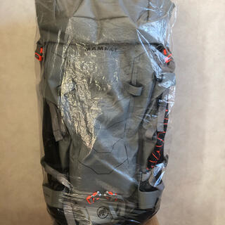 マムート(Mammut)の◆Mammut マムート Trion Spine 50 granit-black(登山用品)