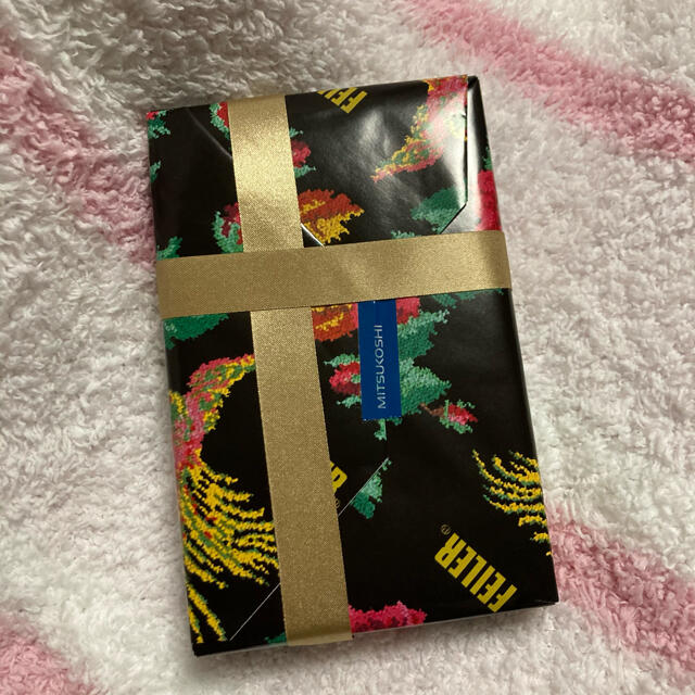FEILER(フェイラー)の【新品】フェイラー ハンドタオル【プレゼント包装】 レディースのファッション小物(ハンカチ)の商品写真