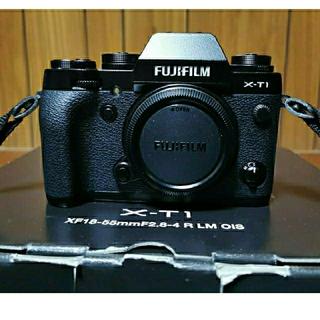 富士フイルム - FUJIFILM  富士フィルム X−T1  ボディ
