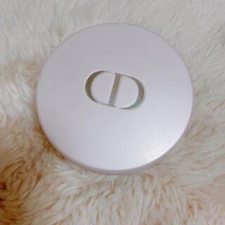 ディオール(Dior)のDior SCENTED BLOOMING POWDER(その他)